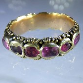 Seventeenth century gold and rubies eternity ring