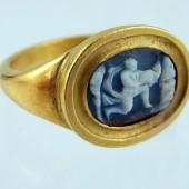 Sixteenth century cameo ring