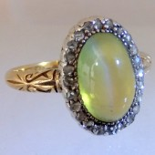 Chrysoberyl and diamonds ring