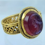 Second century gold ring with carnelian intaglio
