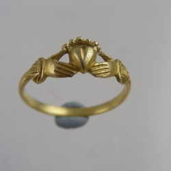 Silver Gilt Finger Ring circa 1600