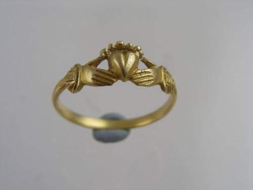 Silver Gilt Finger Ring circa 1600