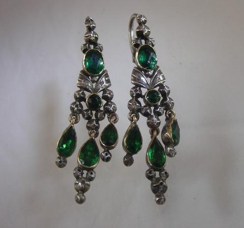 Pair of Eighteenth Century green paste and Diamonds Earrings