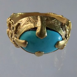Seljuk gold ring with turquoise