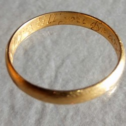 Late seventeenth century posy ring