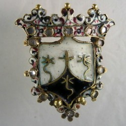 Sixteenth Century Enamelled Jewel