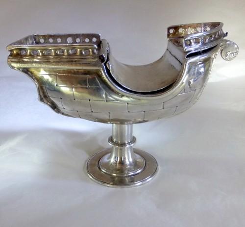 Ca 1600 Mexico City incense boat