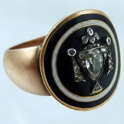 Diamonds and gold memorial ring