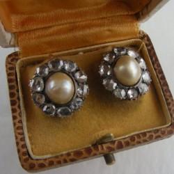 Pair of Earrings,Natural Pearl and Diamonds