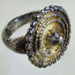 Late medieval silver ring