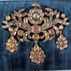 1760 topaz brooch