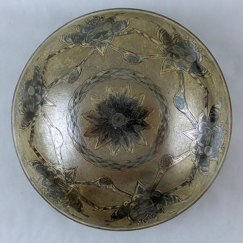 Silver gilt and niello drinking bowl