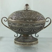 Eighteenth century Hispano-Philippine silver filigree box