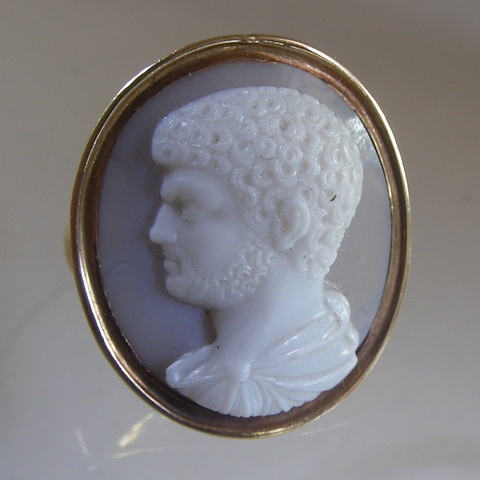 Cameo of Emperor Caracalla in 15 carat gold ring
